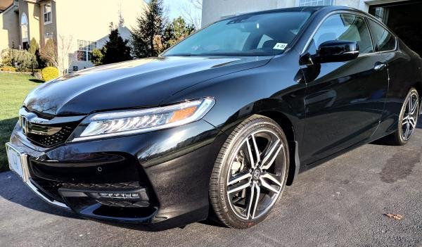 Showcase cover image for st1114g's 2017 Honda Accord Coupe