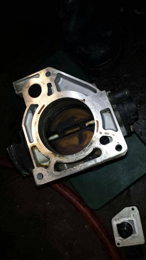 Throttle body: is this dirty? | Drive Accord Honda Forums